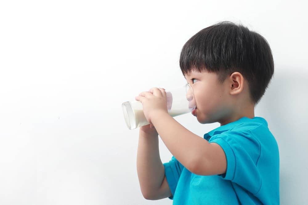 Tak Hanya untuk Perkembangan Otak Anak, Inilah Beragam Manfaat Susu